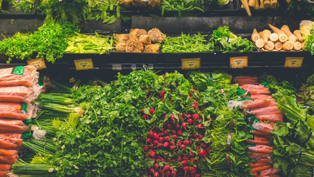 7 Reasons Why Organic Food Is Worth the Cost